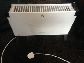 Self Standing Convector Heater 2kw 240volt As New and Fully Working