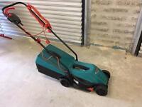 Bosch Rotak 32R electric mower