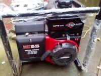 Petrol Briggs & Stratton Engine & Water pump, New/unused water pump