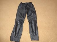 Dainese ladies sports biking trousers size 44 (approx uk 10/12)