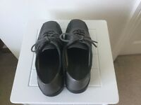 New - Grey Hotter leather shoes size 4.5