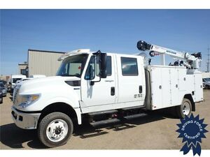 2014 International Terrastar SFA 4X4 w/Big Blue 350 Welder