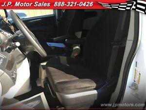 2014 Dodge Grand Caravan SXT, Automatic, Stow N Go Seating Oakville / Halton Region Toronto (GTA) image 12
