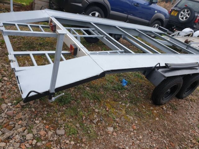 Car trailer good working conditions 600 gbp   in Burton-on