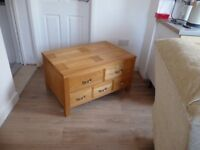 Sturton & Tappers Light Oak Merchants Chest