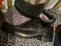 Black leather mens shoes size 8