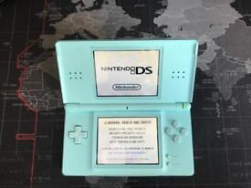 Nintendo DS Lite turquoise + Brain Training