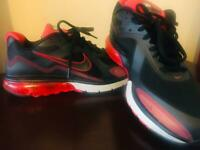 Nike air Max trainer(pre-owned)