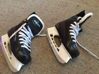 Bauer junior boys ice skates size 3.5