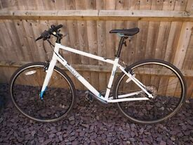 Pinnacle Neon 2 Women's Hybrid Bike - only 6 months old! Size: TALL