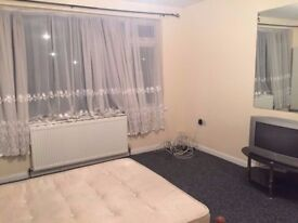 Double rooms available in 5 bedrooms house NEWHAM just £120/£130