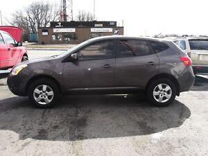 2009 Nissan Rogue LS *** (905) 240-6468