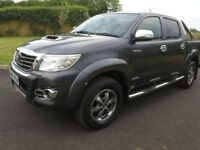 2015 Toyota Hilux Invincible X Manual 4x4 Crew Cab Pickup