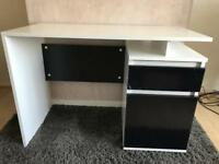 Matte white and black gloss desk