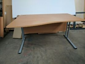 1400 Wave desk in beech with cable ports