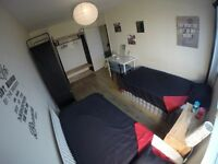 M) FRIENDS AMAIZING ROOM FOR YOU!!!