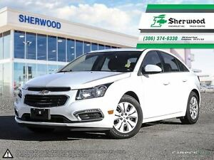 2016 Chevrolet Cruze LT w/ Sunroof & Only 17, 000KMS!!
