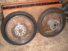 Yamaha SR 125 Wheels and spare parts.