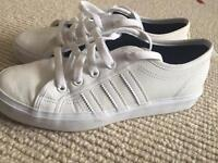 Adidas original white nizza trainers