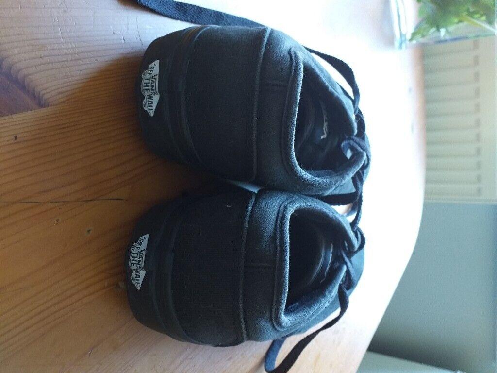 Black Vans shoes, men size 7.0   in Hythe, Hampshire   Gumtree
