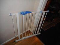 lindam pressure fix stair gate