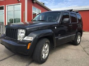 2011 Jeep Liberty Sport, 4x4, Sunroof, WE APPROVE ALL CREDIT