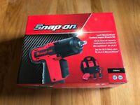 "SNAP ON 14.4v Micro Lithium Cordless 3/8"" Impact Gun/Wrench Kit CTEU761"