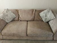 3+2 sofa's