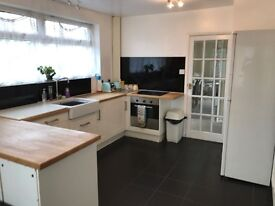 ** Heanor ** Spacious 3 Bed Bungalow with Conservatory and Garage ** Must be Seen