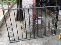 Black Wrought Iron Gates 1580mm x 1020mm with hinges