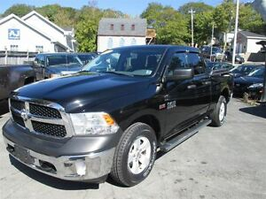 2013 Ram 1500 SLT, Hemi, 4x4, 1 Owner, Fog Lights, Tow Package!!