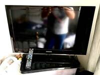 "Samsung 32"" 1080p HD Flat Screen LCD TV"