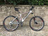 Scott Genius 40 full suspension trail bike, size medium, 2012