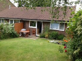 2-bedroom bungalow to rent: 1250 pcm - 30 min from London Bridge and Victoria