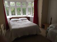 Large double rooms 5 mins centre Asda university busses opposite the Beach shops 5 mins town centre
