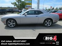 2015 Dodge Challenger SXT, 8-Speed, Bluetooth, Navigation, Sunro