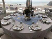 10 Round White tablecloths