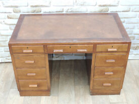 Retro wooden desk (Delivery)