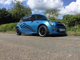 Mini Cooper R53 with John Cooper Works extras