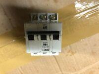 3 phase mem type 3 circuit breaker