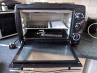 Mini oven with twin hob