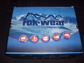 rok.wear steel toe cap boots