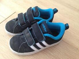 Child's trainers shoes size 8