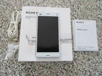 Sony Xperia Z3 Compact on O2 network excellent condition inc SWR 10 Smartband