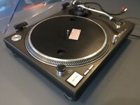 Technics 1210 Mk2 Turntable – With Lid – Great condition – Bedroom Use Only