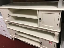 2 door cream TV unit
