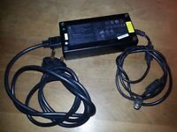D900T Laptop Charger (Rock/Alienware) 200-240v-20v 9.0A (49#)