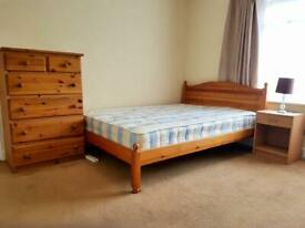 Rent Double Room just off Hertford Road. Enfield