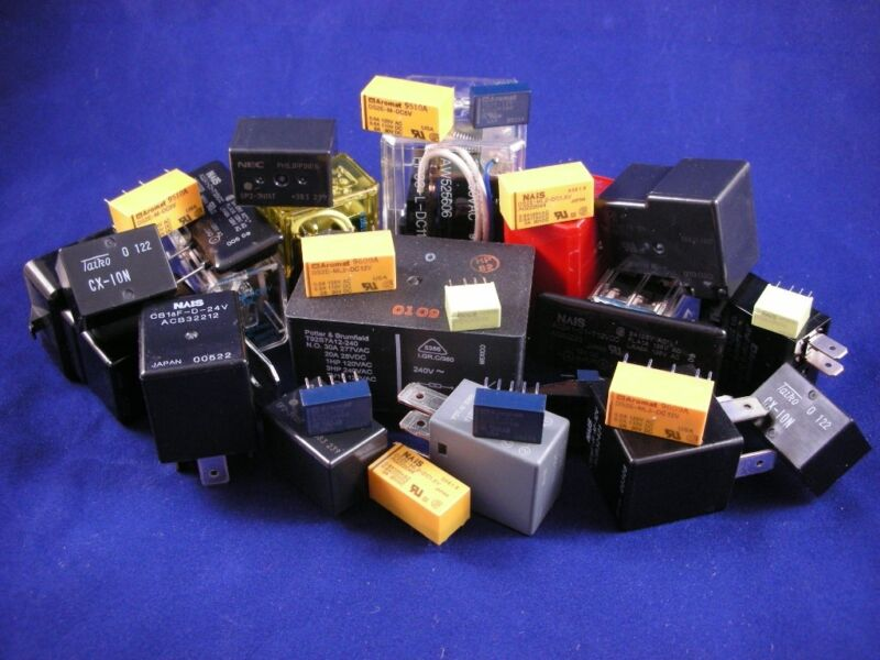 (25+ pcs.)  Relay - Grab Bag, assorted styles and voltage ratings
