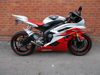 2006 Yamaha YZF R6 Metallic white / Fully Loaded / 20834 Miles Only / New MOT / Stunning Condition!!